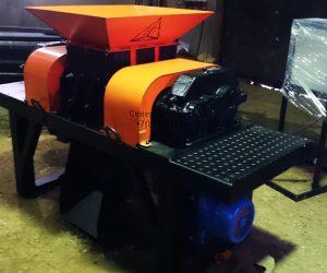 Шредер для древесины промышленный двухвальный