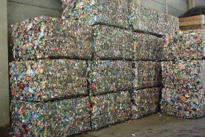 Пресс гидравлический для отходов брикеты на выходе